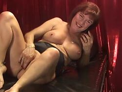 Mature lady showing feet