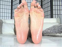 Remy Barefoot Soles Ignore