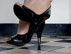Feet 055 - Sweaty Soles Slipping Out Of Black Heels